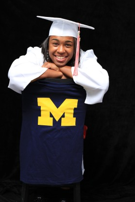 akienreh-senior-portaits-university-of-michigan-basketball