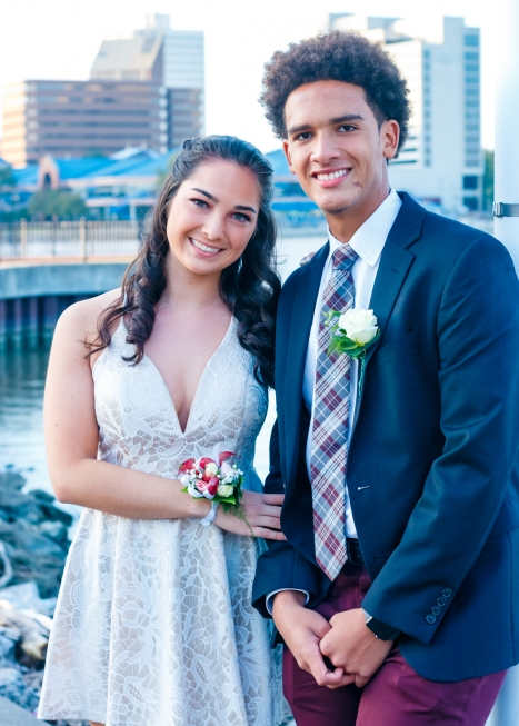 Alek Homecoming Docks Portraits 2018-10-13 042